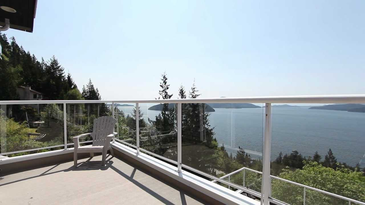 Spectacular Lions Bay Home