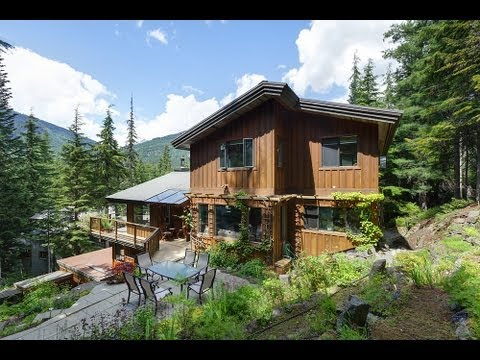 Traditional Mountain Home – 6296 Piccolo Dr