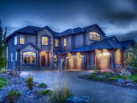 Luxurious Lakefront Custom Home