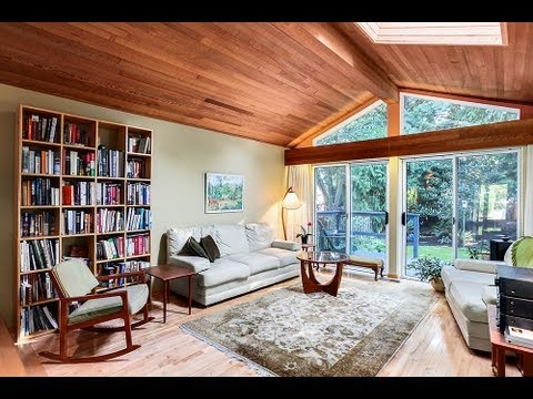 5860 Whitcomb Pl – West Coast Contemporary Custom Built Rancher