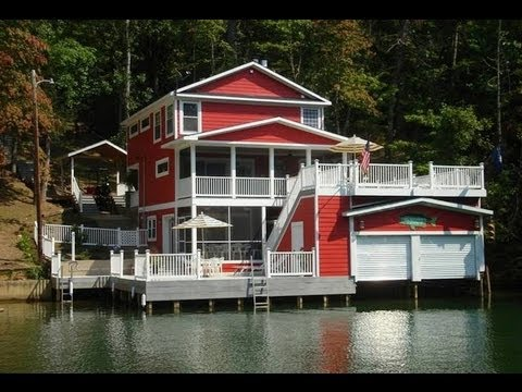 Character & Natural Splendor – Lakefront Home