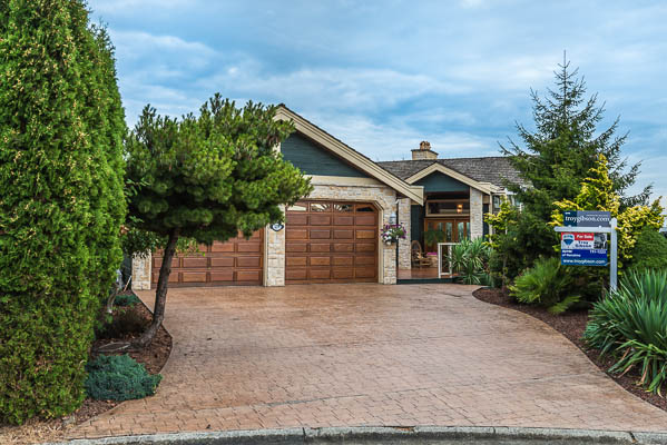 Stephenson Point Estate – 3279 Shearwater Drive