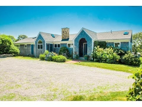 Chilmark Pond Retreat