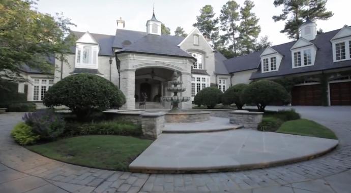 Stonehaven Manor