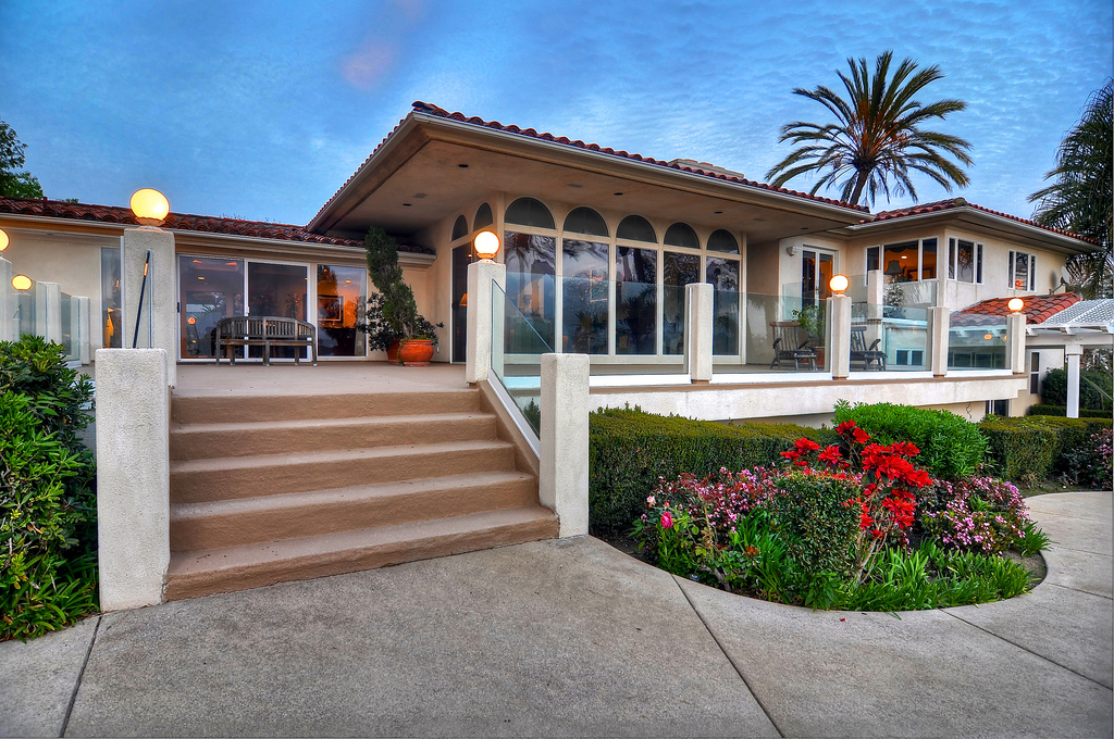 Newport Upper Back Bay Estate – 2252 Mesa Drive