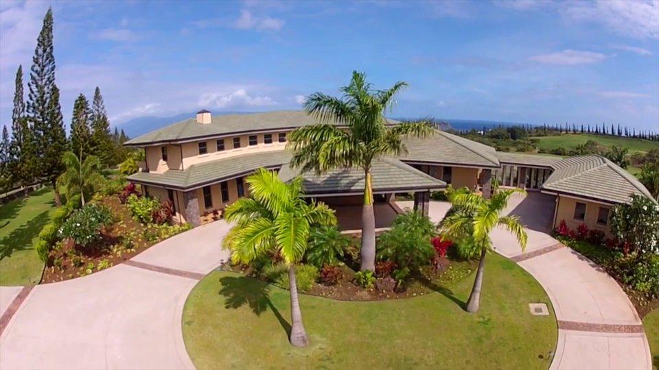 Contemporary Residence – 305 Plantation Estates Dr