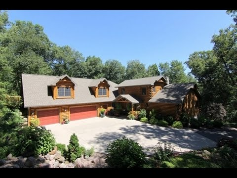 Northwoods Log Retreat Home – 1400 Olstad Rd