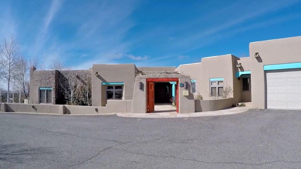 High Desert Oasis – 44 Tres Cientos
