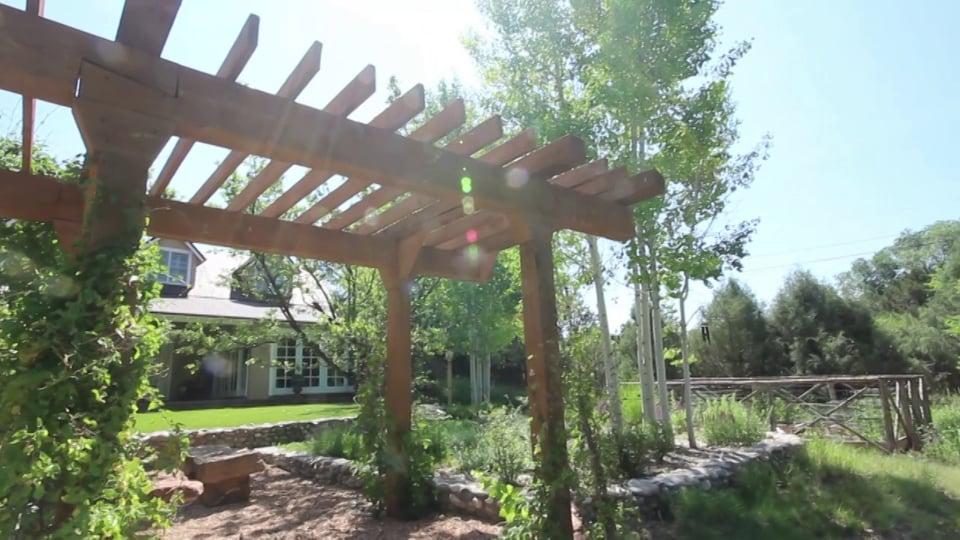 Northern New Mexico Adobe Home – 19 Arroyo Pequeno