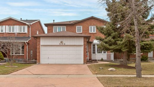 Family Home - Exceptional Family Home in Erin Mills