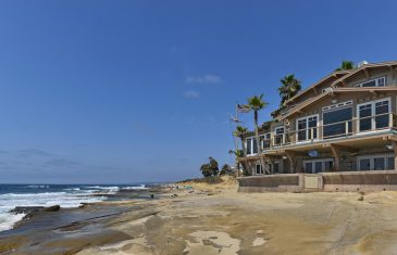 Oceanfront Craftsman Residence - 274 Coast Boulevard