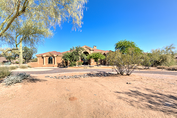 Desert Skyline Estate – 9075 E Hackamore Dr