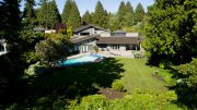 PREMIUM Elegant Bluff Property – 917 Pacific Drive