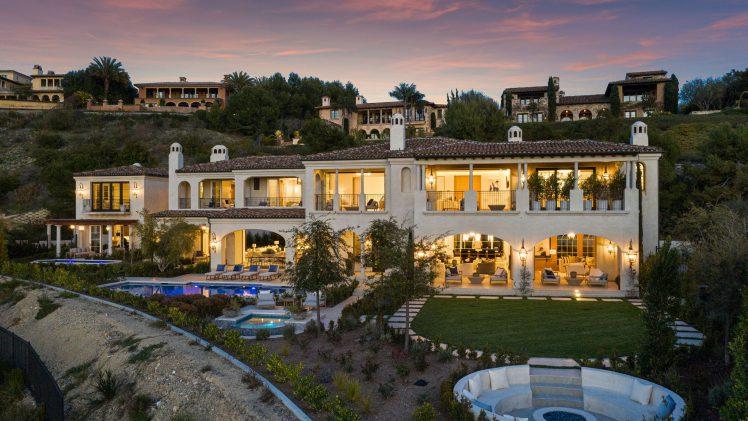 Extraordinary Newport Beach Living