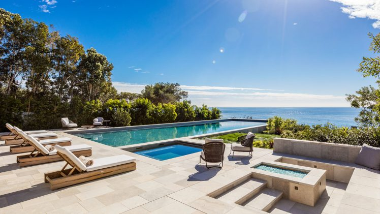 Private Bluff-Top Living in Malibu California