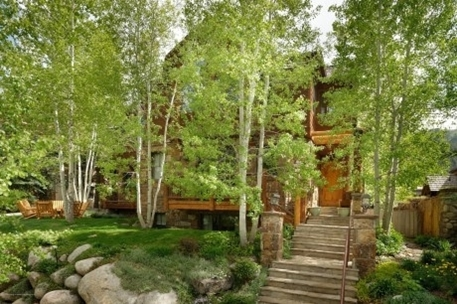 Mountain-Style Duplex