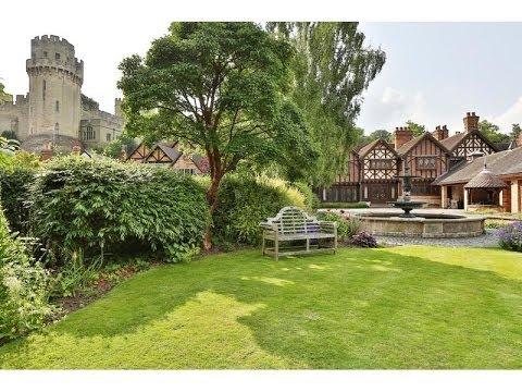 The Gables Lavish Manor-House