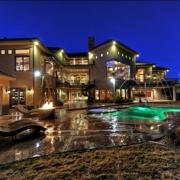 Vegas Estate