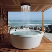 Fabulous Outdoor Shower and Bathtub