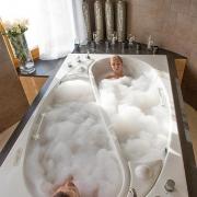 2-Man Bath
