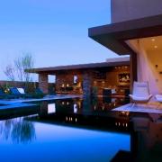 exterior-w-blue-pool