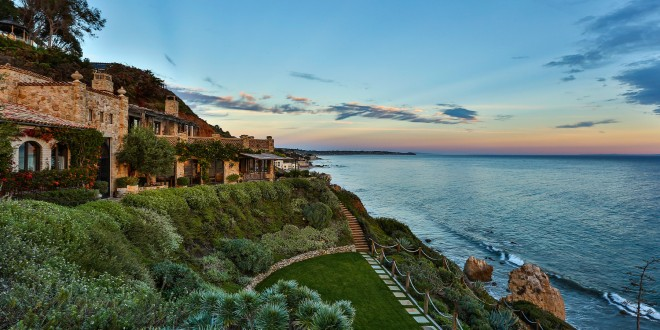 Stunning Seaside Estate – $25,000,000
