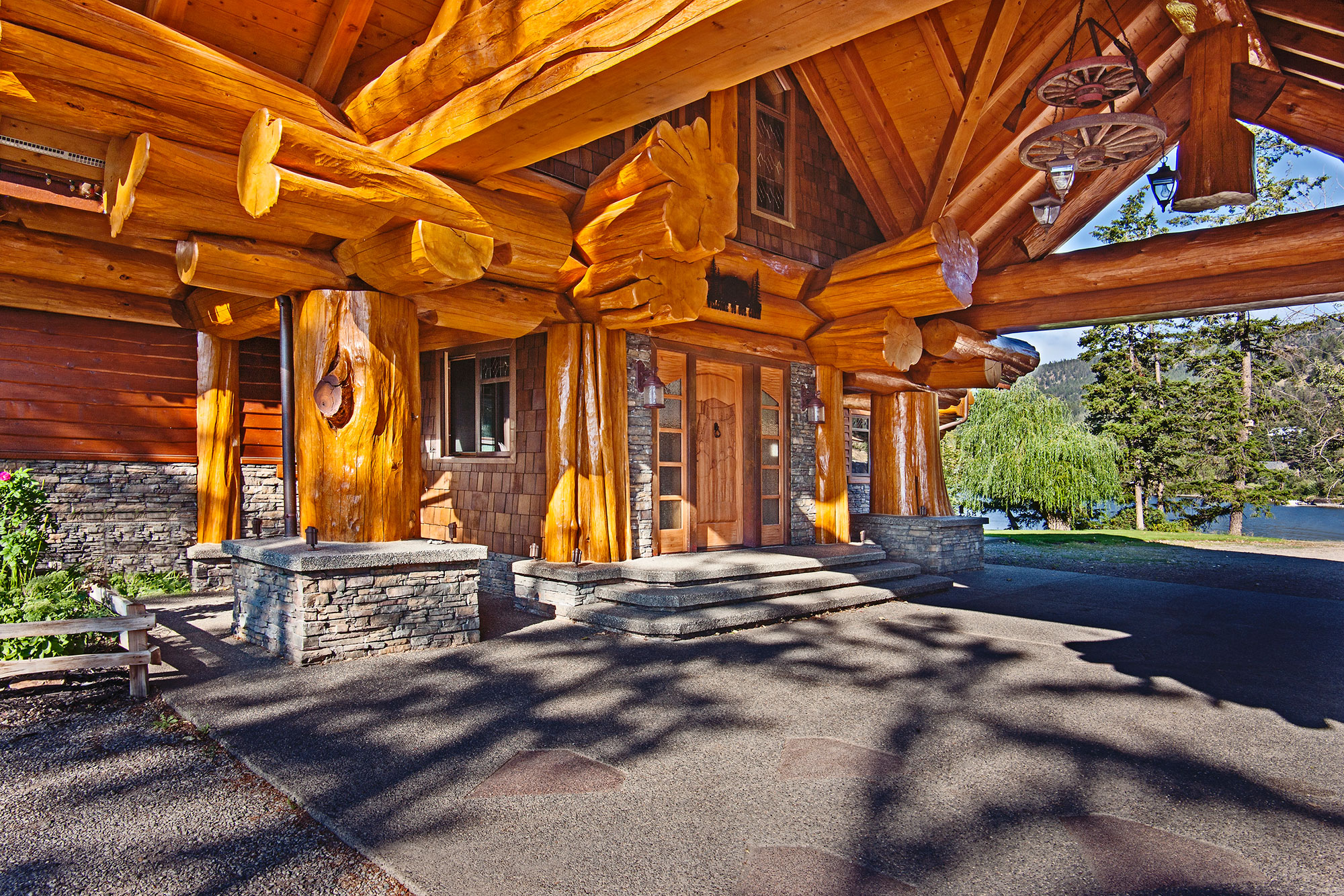 Home: Timber King's Log Home Masterpiece