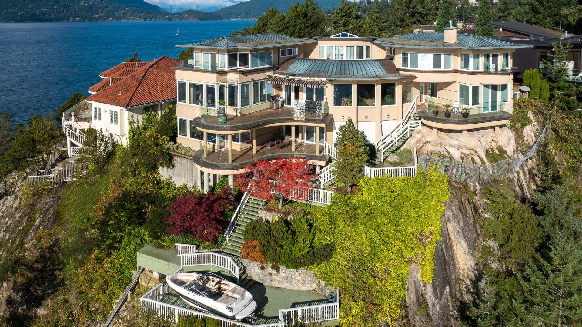 Exquisite Vancouver Seaside Estate Luxuryhomes Com Livingluxuryhomes Com Living