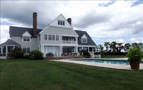 Luxury Homes Details For 888 Chestnut Ridge Rd