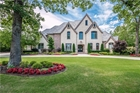 24 W Pinnacle Drive