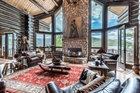 Luxury Log home- 13588 US Highway 34
