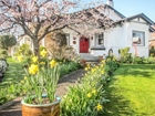 This California Bungalow Is Included On The Victoria Hallmark Society Walking Tour