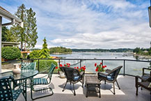 Stunning Waterfront Home-Views of Echo Bay & Tanglewood Island