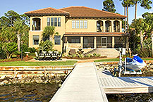 Waterfront luxury home, Exquisite Waterfront Estate Auction